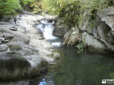 Selva de Irati - Puente del Pilar rutas de senderismo madrid actividades sierra de madrid mochilas t